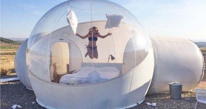 España renueva la experiencia de dormir bajo las estrellas… en una burbuja