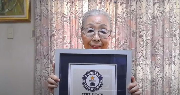 Abuelita gamer recibe Récord Guinness por ser la creadora de contenido de más edad en YouTube