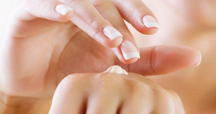 Sigue este consejo para cuidar tus manos y evitar que se resequen