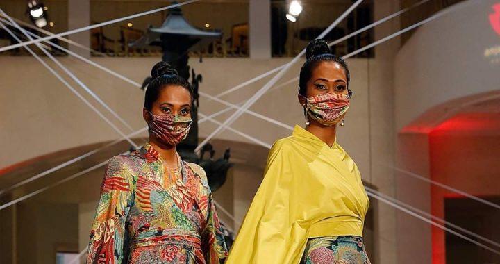 Desfile de moda en Alemania suma mascarillas en sus atuendos