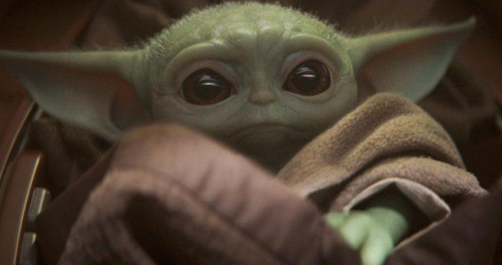 """""""The Mandalorian"""" liberó el tráiler de su segunda temporada con la reaparición de Baby Yoda"""