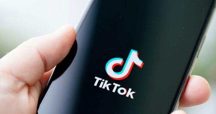 Consejos y aplicaciones para marcar tendencia en TikTok