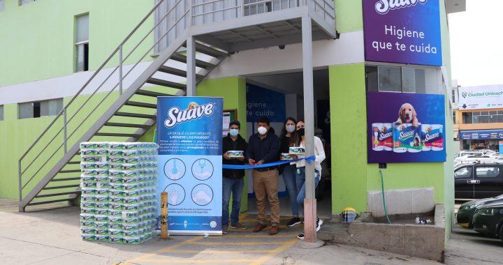 Kimberly–Clark mejora el saneamiento de mercados peruanos permitiéndoles acceder a baños más dignos