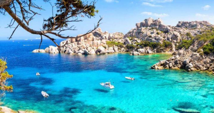 """Italia ofrecerá """"islas inmunizadas"""" para atraer el turismo en verano"""