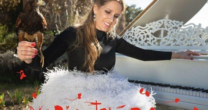 Maria Toledo lanza una nueva versión de «El Rey»