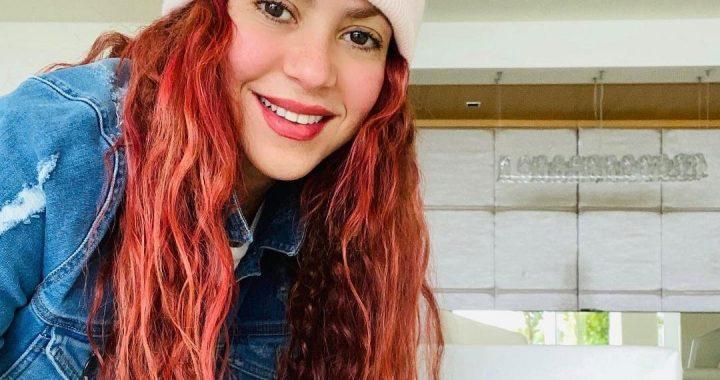 Shakira renueva su look y aparece vistiendo como niña