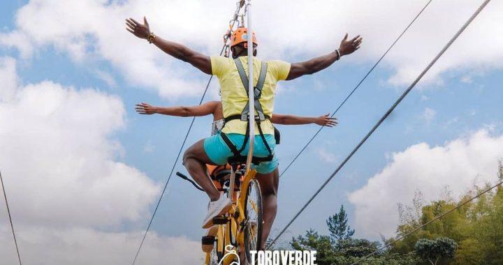 Puerto Rico inaugura el circuito de bicicleta en cable más grande del mundo