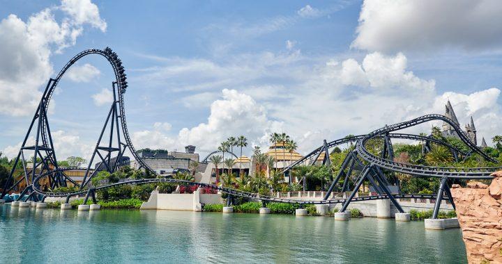 Universal Orlando revela detalles sobre la nueva montaña rusa Jurassic World VelociCoaster