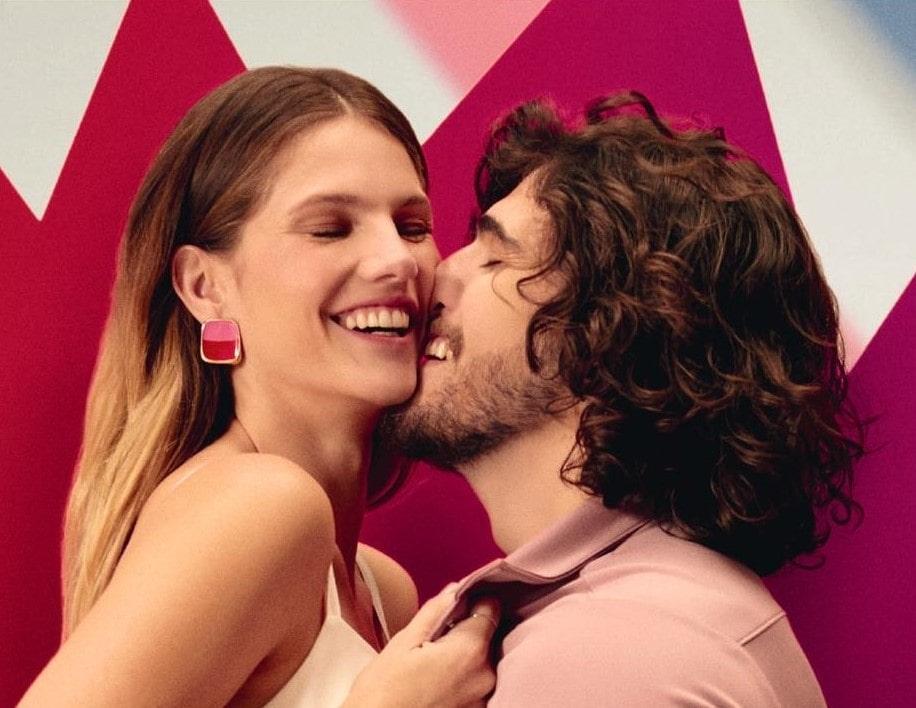 Neurociencia en perfumería: Natura lanza Beso de Humor, fragancia que despierta la atracción