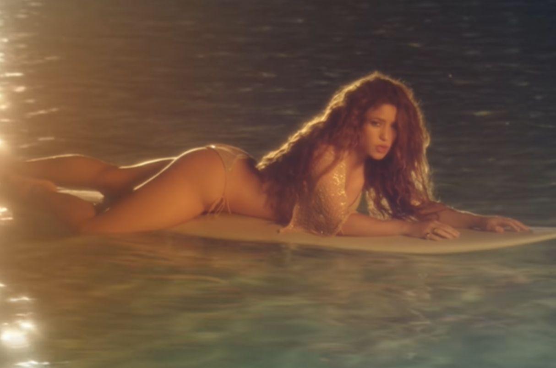 Shakira muestra su lado más osado con el estreno de «Don't Wait Up»