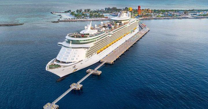 El exclusivo crucero Odyssey zarpó en su primer viaje desde Estados Unidos
