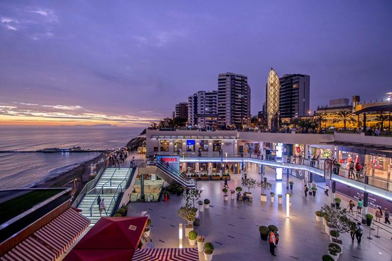 Larcomar presenta el primer shopping en vivo de un centro comercial
